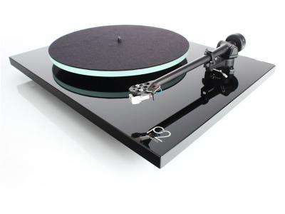 Rega Planar 2 (P2) Turntable - Black Gloss - Open Box