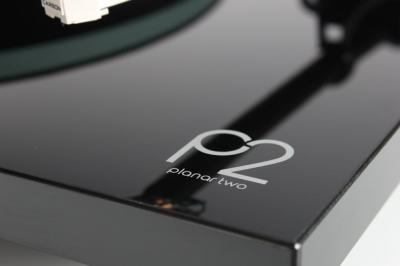 Rega Planar 2 (P2) Turntable - Black Gloss