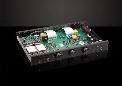 BRYSTON BP26 Preamplifier with Built-in MM Phono